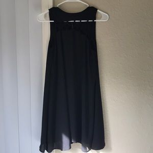 Lf black sleeveless dress fits small size